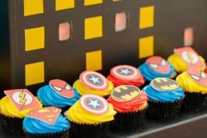 Superheros Party-cupcakes