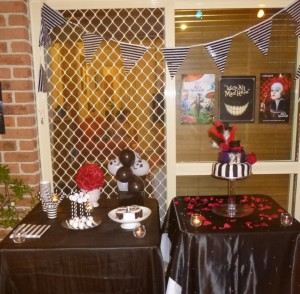Black and white tim burton birtday tables