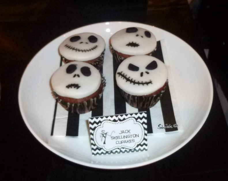 Jack Skellington nightmare cupcakes