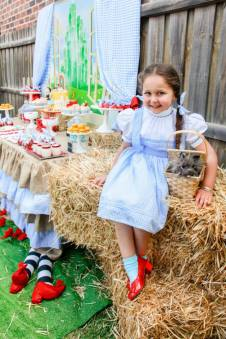Wizard of oz party table2