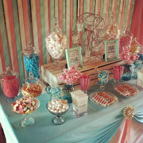 carnival-themed-wedding-lolly-buffet8