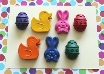 Easter gift crayons-Squiggle and Play Crayons