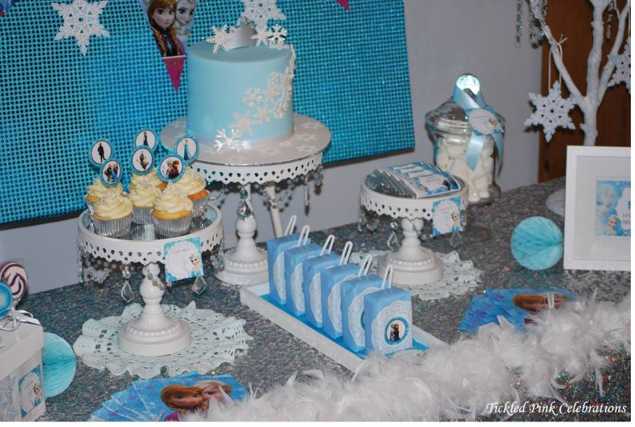 Frozen Party table5