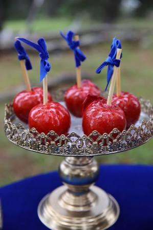 Snow White Party apples