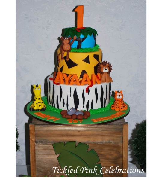 Jungle Safari Party table lolly buffet-safari cake