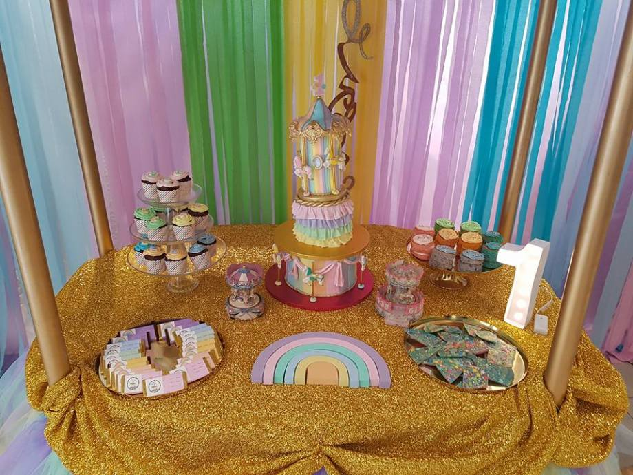 Rainbow Carousel Party5