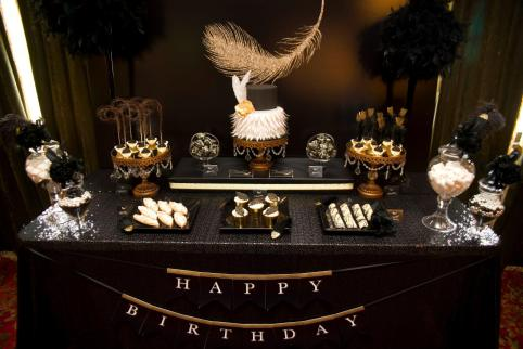Feather themed gold black 40th birthday party - Kiss With Style