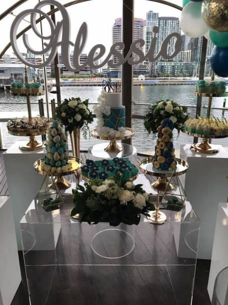Blue Gold White 1st birthday party3