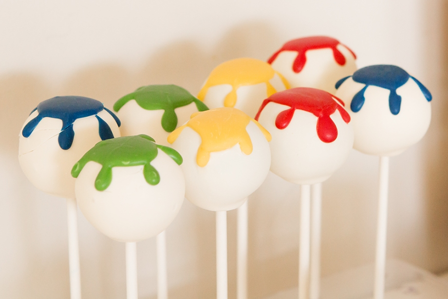 Art Party cake pops.jpg