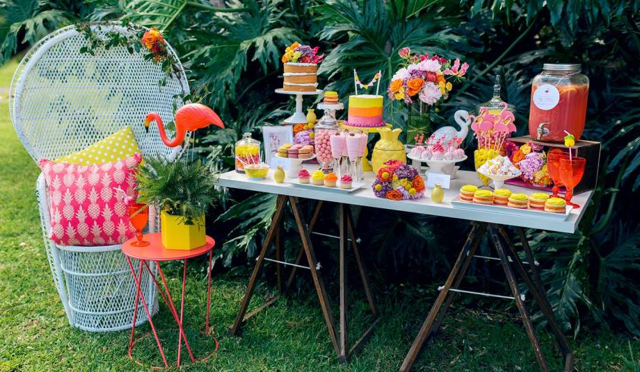 Pink Flamingo Party set up 2.jpg
