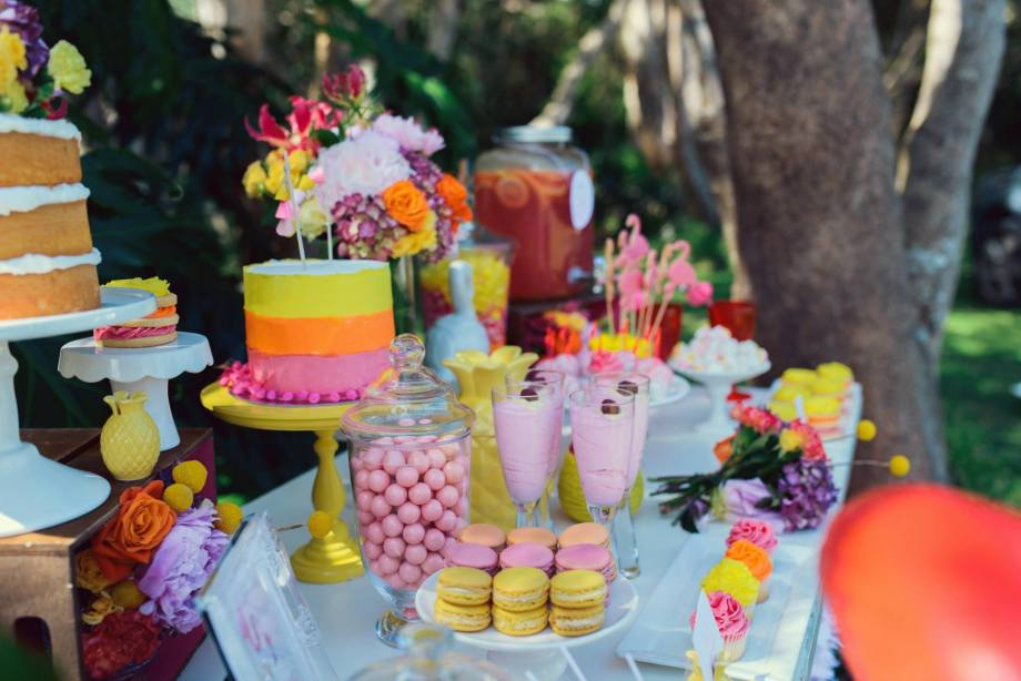 Pink Flamingo Party Table set up.jpg